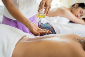 How Body Massage Helps In Weight Loss. 5 TYPES