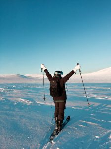 How to Lose Weight While Skiing? Pluses of Winter Sport