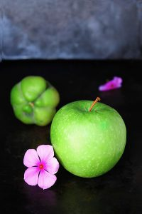 Fruits on An Empty Stomach. Is it Healthy to Eat Fruits for Breakfast