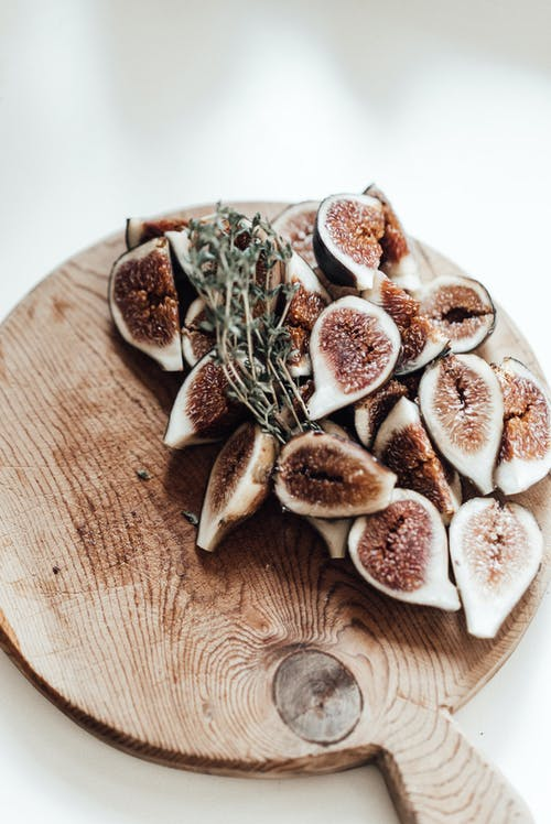 Dried Figs: Benefits and Harms to The Body