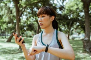 Best Smallest Fitness Tracker 2021 Reviewed